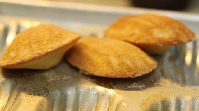 Baking Lemony Madeleines (9)